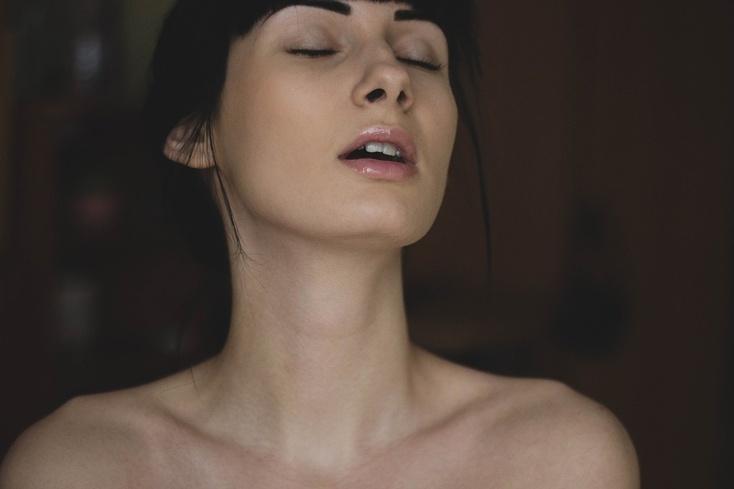 Как мне заняться сексом с сотрудницей