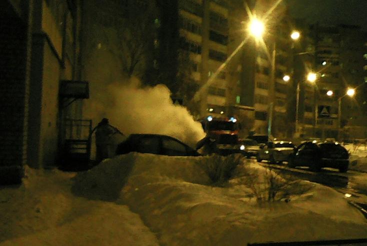 Наулице Депутатской сгорела машина