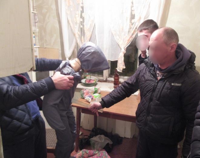 Втюменской квартире найден труп мужчины сранениями