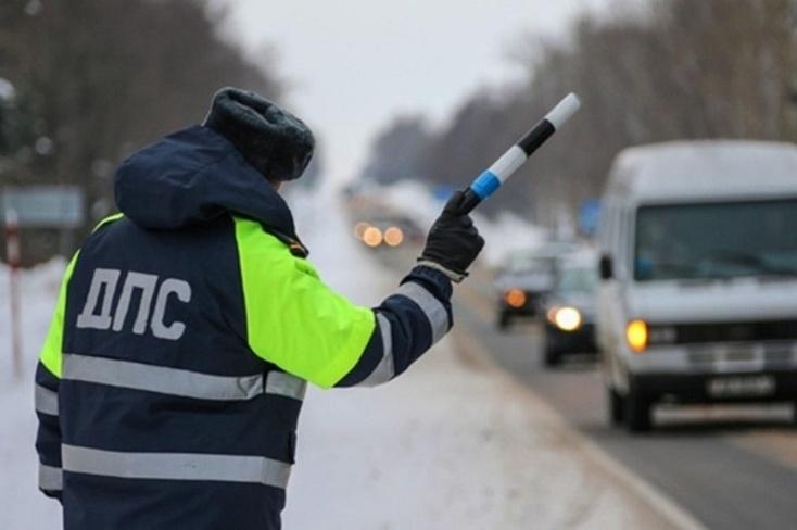ВТюмени мужчина угнал фургон, чтобы доехать довино-водочного