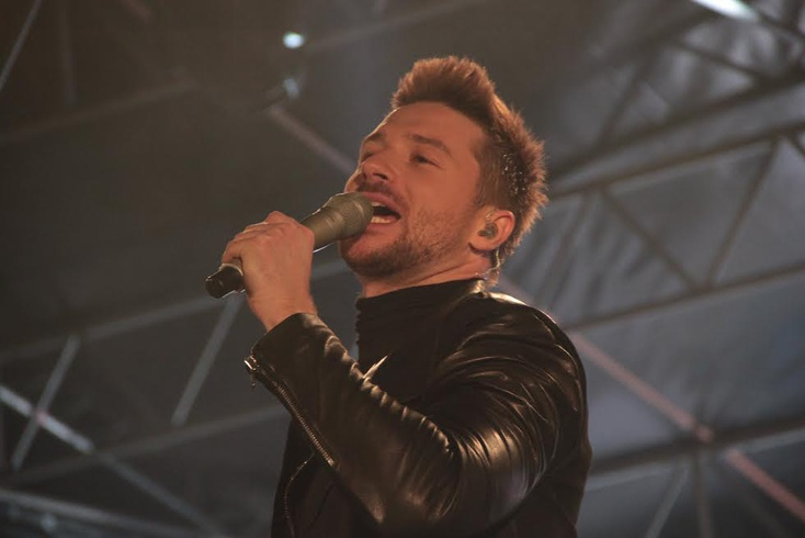 Мама Сергея Лазарева переживает во время выступление сына/Mother Sergey Lazarev...