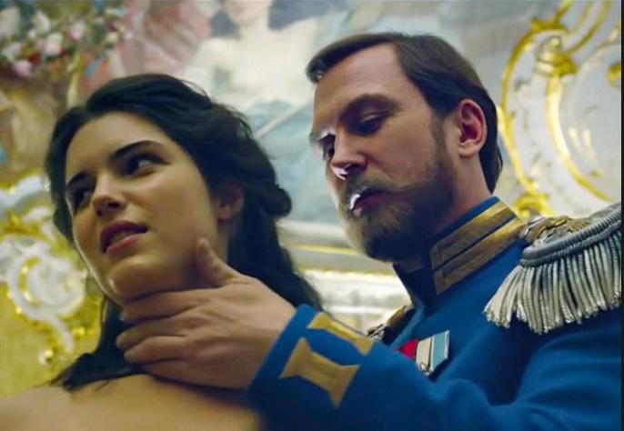 Сеть кинотеатров Сургута получила рекомендацию Минкульта не демонстрировать «Матильду»