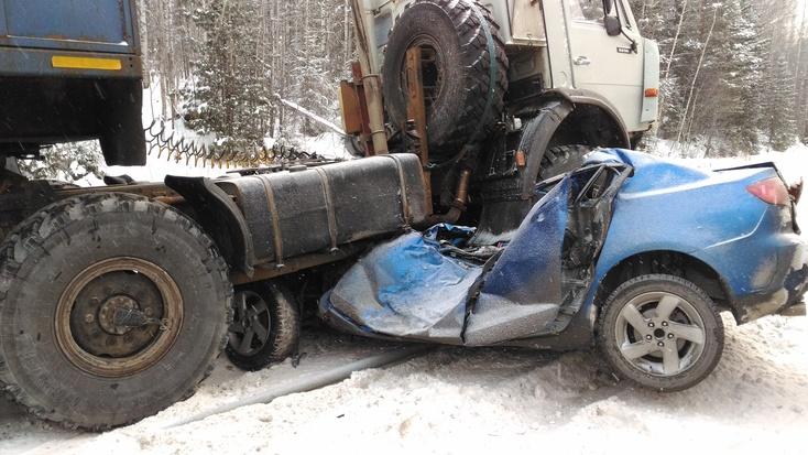 Кошмарная авария натрассе Тюмень— Ханты-Мансийск: погибли двое