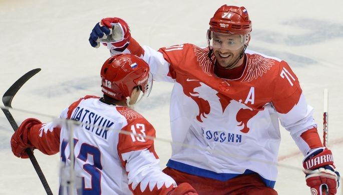 Русских хоккеистов встретили ваэропорту Сеула гимном РФ