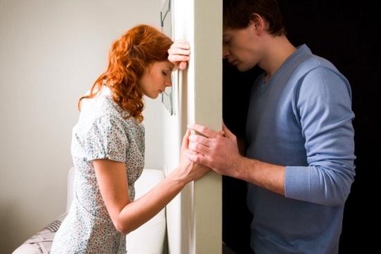 Ученые выяснили, сколько времени женщина может прожить содним партнером