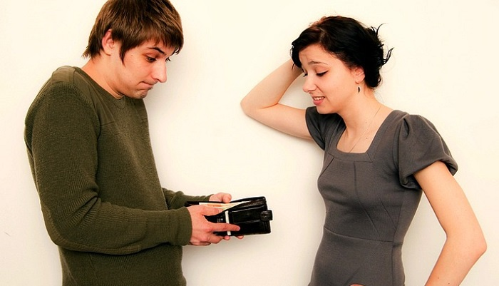 Ученые поведали, как денежный вопрос влияет наотношения влюбленных