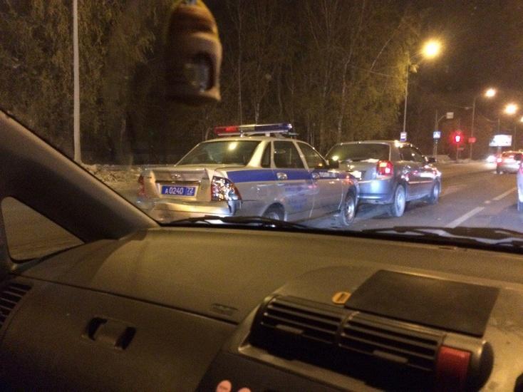 Стали известны детали трагедии сполицейским авто вТюмени