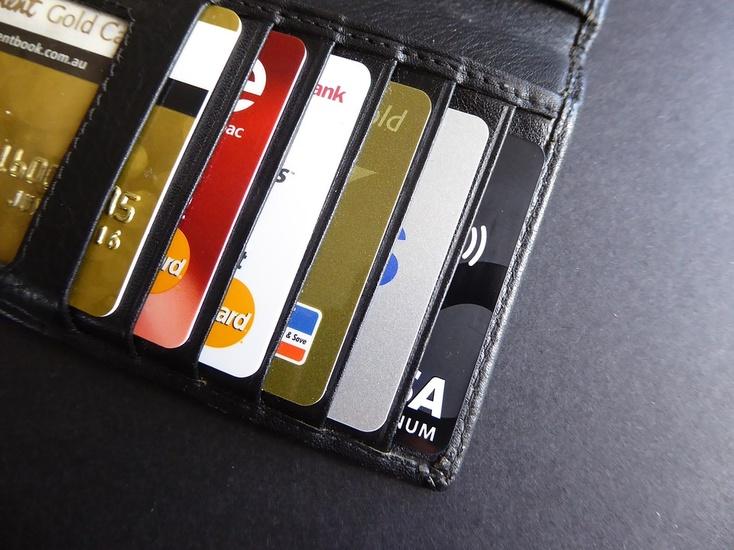 В Российской Федерации вступил всилу закон облокировке банковских карт
