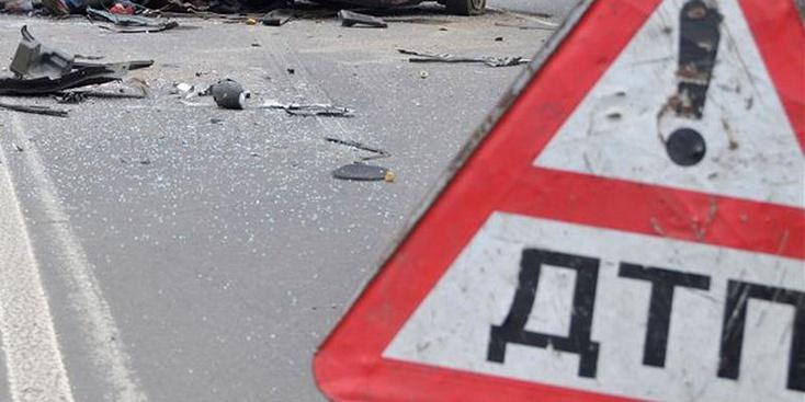 Натюменской трассе фургон насмерть сбил 2-х пешеходов