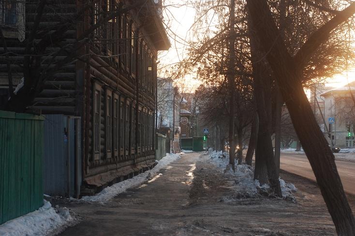 ВТюмени организовали мемориал впамять ожертвах пожара вКемерово