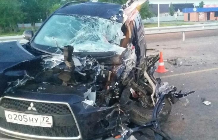 Разворачивался на трассе попал в аварию