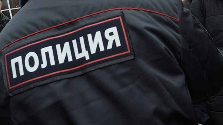 ВТюменской области казахстанка ударила кулаком следователя