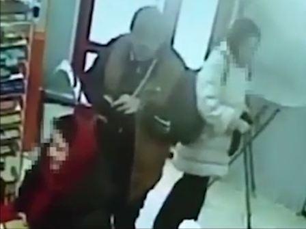 ВТюмени задержана подозреваемая внападении сэлектрошокером напенсионерку
